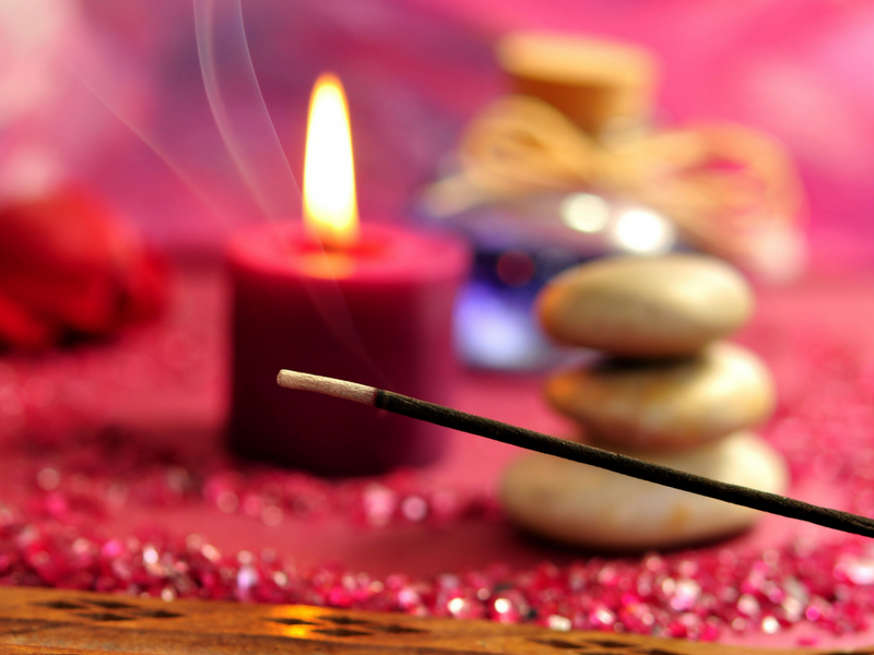 7 Meditation & Yoga Accessories You Need To Have